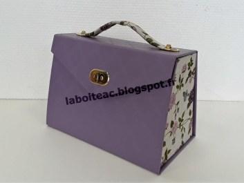 Petite boite à maquillage 82-Béatrice R
