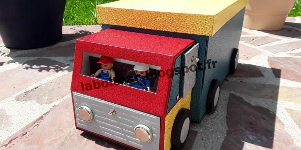 Les camions!