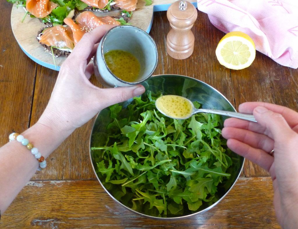 tartine-délicieuse-saumon-et-roquette-5.jpg