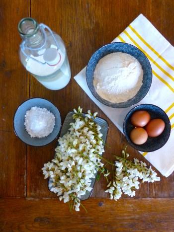 le-souvenir-des-beignets-de-fleurs-d-acacia-1.jpg