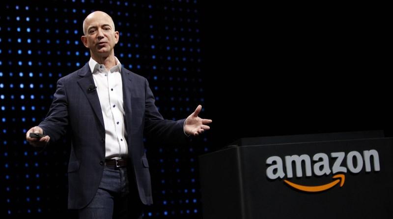 Bezos lidera la lista Forbes de más ricos del mundo y Slim es primer latino