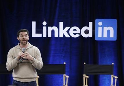 Microsoft compra LinkedIn por 26,200 millones de dólares