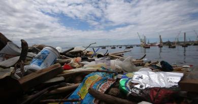 Una marea de basura pone banda sonora a Río, Brasil, y expone el deterioro ambiental