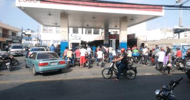 Anadegas paraliza estaciones de expendio de gasolina en el Nordeste; Solo una está funcionando