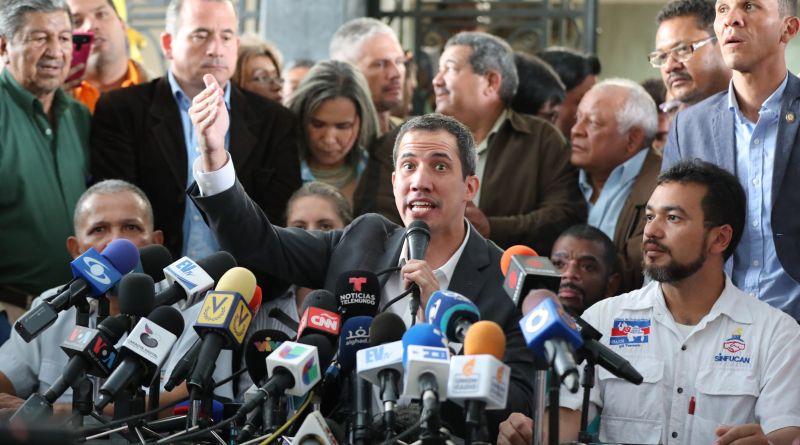 Guaidó vuelve a llamar a paro en Venezuela tras fallido intento golpista