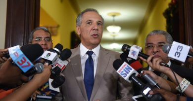 José Ramón Peralta advierte aceptar reservas de candidaturas sería aniquilar al PLD