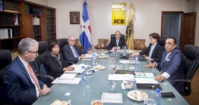 JCE aprueba reglamento para el voto en el exterior y varias resoluciones