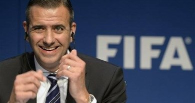 FIFA destituye a su director de Finanzas