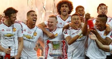 Manchester United se consuela con la Copa FA