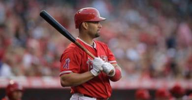 Albert Pujols supera a Barry Bonds en carreras remolcadas