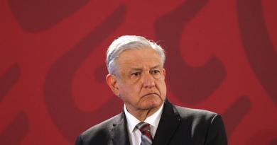 """Presidente de México niega """"persecución política"""" contra exdirector de Pemex"""