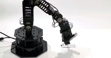 Una máquina con 'chispa' de autoconciencia: Fabrican un robotic que sabe que lo es
