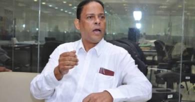 Reverendo Moya asegura Ministro de Educación ya no goza de su confianza
