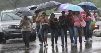 Onamet informa vaguada y onda tropical provocarán nublados con aguaceros