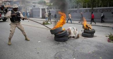 Haití se prende de nuevo, miles haitianos salen a las calles a pedir la renuncia de Juvenel Moise