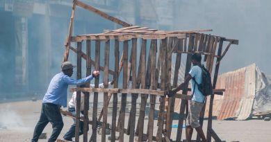 Puerto Príncipe trata recobrar normalidad mientras se anuncian más protestas