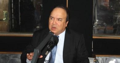 """Vinicito: """"Ponderaré la opción de aspirar a la senaduría DN"""""""