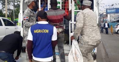 Migración cube que deportó a más de 8,618 extranjeros en julio