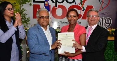 Salud Pública certifica distribuidoras farmacéuticas en Moca