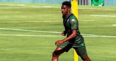 Barcelona oficializa llegada del dominicano Junior Firpo