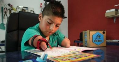 (Video): 'Mani', el brazalete magnético que se adapta a cualquier discapacidad en las extremidades superiores