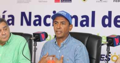 Domingo Contreras aboga por una mentalidad diferente en el uso del plástico en RD