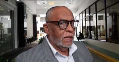 """Diputado Castro Silverio lamenta que PLD trate de """"meter al país en un lío"""""""