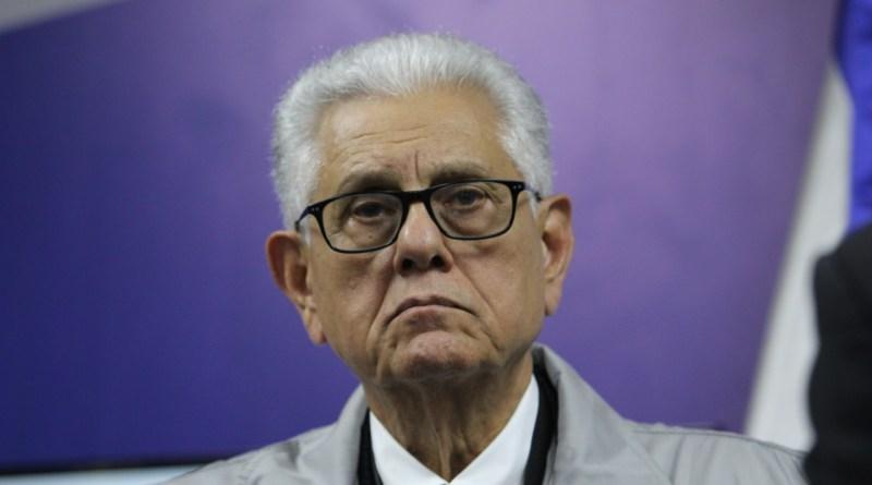 """Roberto Saladín deja sin efecto su renuncia """"irrevocable"""" como juez titular de la JCE"""