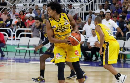 Barias vence al Mauricio y se acerca a un triunfo del campeonato