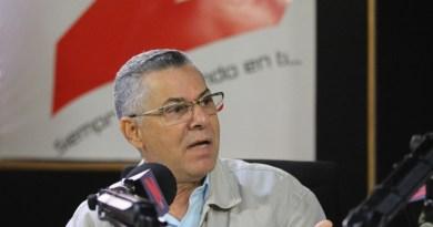 Manuel Jiménez favorece voto automatizado, pero con conteo manual