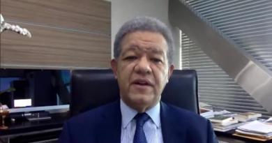 """Leonel: """"Gobierno debe buscar una forma de asistir a los trabajadores que no están cubiertos en FASE"""""""