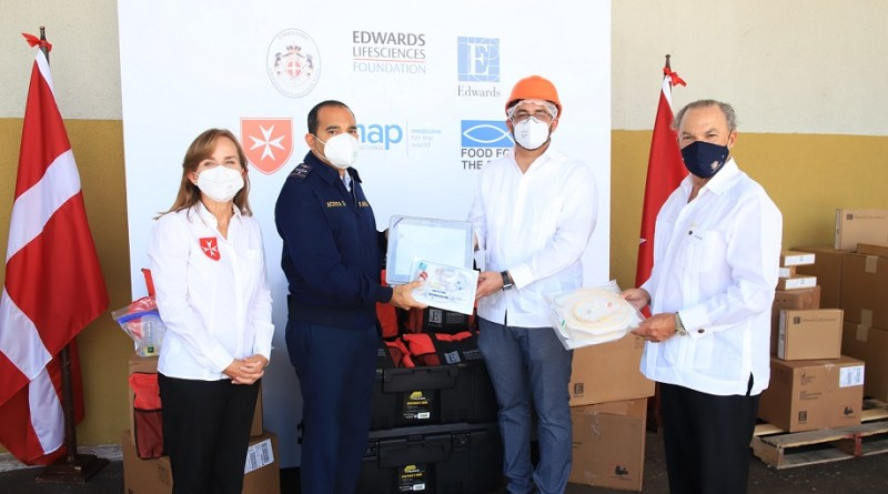 Zona Franca dona 34 máquinas médicas a hospitales para combatir el COVID-19