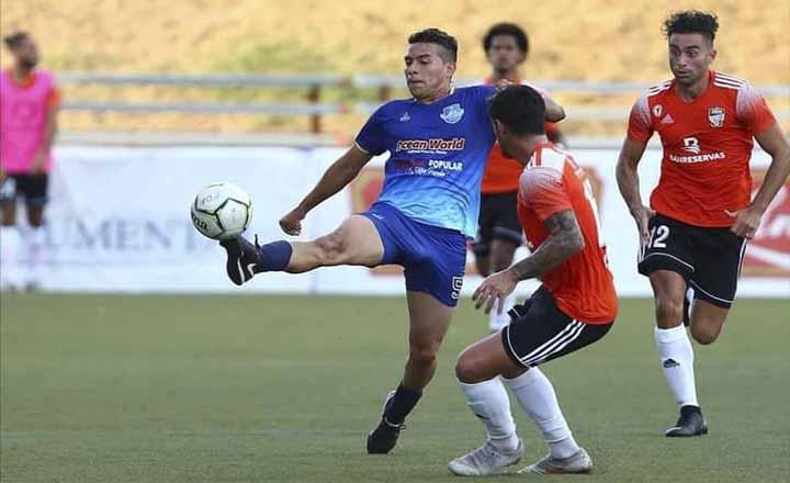 Un grupo de 32 jugadores es convocado para estructurar la selección de fútbol