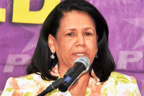 Miriam Cabralconsidera que Leonel Fernández es quien debe autoanalizarse