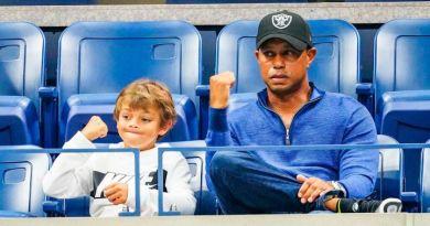 Tiger Woods jugará un torneo con su hijo Charlie de 11 años
