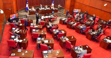 Senadores aprueban compra de 10 millones de vacunas contra el COVID-19