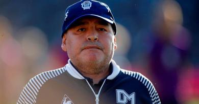 Allanan domicilio y consultorio de la psiquiatra de Maradona