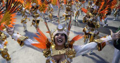 El mundo del Carnaval brasileño no desfila y clama por vacunas
