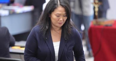 Keiko Fujimori se libra de que su partido sea suspendido en plenas elecciones