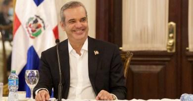Presidente Abinader felicita a Guillermo Lasso por su triunfo en Ecuador