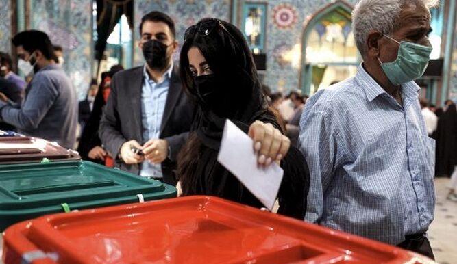 Iraníes votan en elecciones presidenciales con el ultraconservador Raisi como favorito