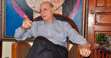 Abinader ratificó por decreto a Quico Tabar en la Lotería Nacional y crea Consejo Consultivo