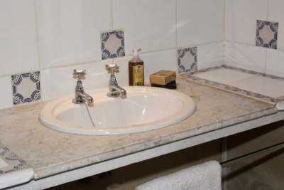 Sink Bedroom 4
