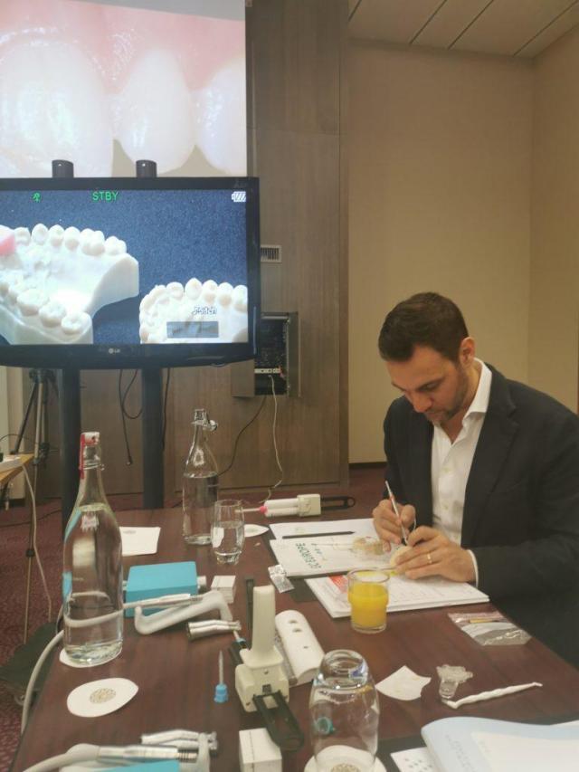 hands on Workshop am Dentalpin 2020 mit Zahnärtzen und Zahntechnikern