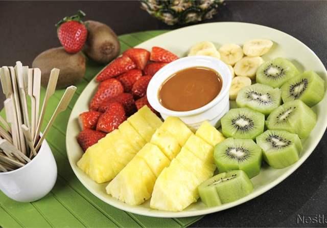 fondue caramelo con frutas
