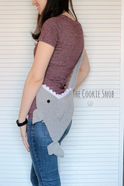 bolsa crochet tiburón
