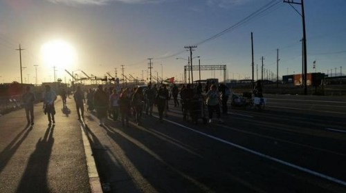 BlocktheBoat.31Oct2014