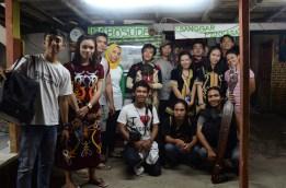 Peserta dari Kalimantan Timur berfoto di Markas Labosude.
