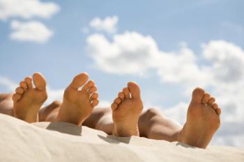 Hongos en las uñas, los pies, callos, durezas….¿cómo tratarlos?