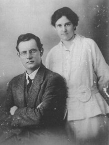 Elsie and John Curtin, October 1917. Records of the Curtin Family. JCPML00004/4